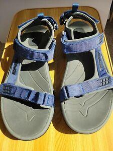 Teva Mens Adjustable Straps 4141 Sandals Gray with Blue straps.  Size 9