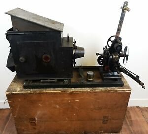 ANTIQUE EARLY CINEMATOGRAPH PROJECTOR / KINETOSCOPE / BIOSCOPE CIRCA 1905 / 1910