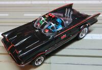 für H0 Slotcar Racing Modellbahn - Batmobile mit 4 Gear Chassis