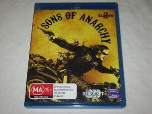 Sons Of Anarchy - Season 2 - 3 Disc Set - VGC - Region B - Blu Ray