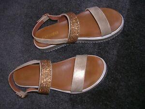 CafeNoir**flotte Keil-Sandalette,Sandalen,Sommerschuh,beige/gold Glitzer,Gr.39