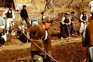 1950'S - WAR TIME KOREAN FARM WORKERS - OLD RED BORDER KODACHROME 35MM SLIDE