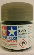 Tamiya acrylic paint X-19 Smoke, 23ml.