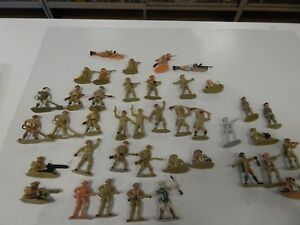 1/32 scale British 8th Army - Plastic Toy Soldiers - by Charbens / Tinpot