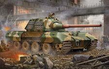 Trumpeter 00384 1/35 Scale German Entwicklungsfahrzeug E100 Super Heavy Tank Kit