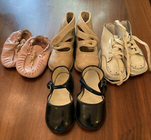 Vtg Lot Of Baby Shoes Soft White Leather Ballet Flats Moccasin Laces Collectible
