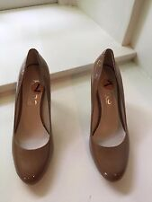 Ladies Michael Kors Tan Patent Heels Size 7 New without Box