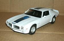 1/24 Scale 1972 Pontiac Firebird Trans Am 455 HO Diecast Model Welly 24075 White