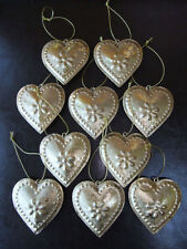 Set 10 Vintage Hanging HEART Metal Shabby Chic Decoration GOLD Wedding Favours