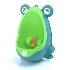 Mobiliario y decoración infantil de baño color principal verde