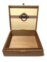 Vintage Ashton Cabinet No. 7 Hand Made All Wood Cigar Box with Clasp