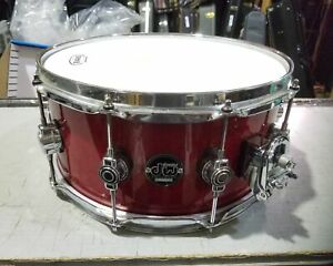 """DW Performance Series Snare Drum Candy Apple Red 6.5"""" x 14"""""""