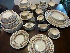 Royal Doulton Tintern 12 place settings dinnerware + serving pieces - 99 pieces