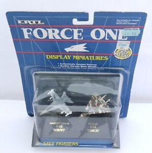 Ertl Force One Display Miniatures Navy fighters  F-8 Hornet F-14 Tomcat  794