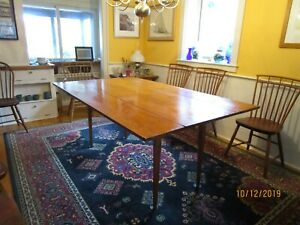 t HARVEST TABLE -- Cohasset Colonial