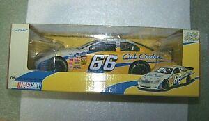 66 Cub Cadet NASCAR Die Cast Replica Car 1:64 Scale 2006 Made in China NIB