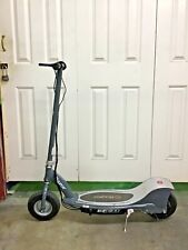 Razor electric powered e300 scooter with charger local pickup only