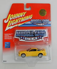 Johnny Lightning Musclecars USA ~ #56 2005 FORD MUSTANG GT W/ Window Cling (I)