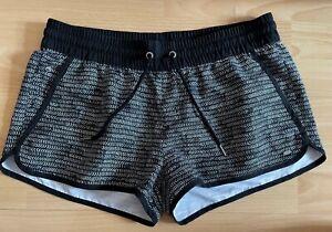O Neill Boardshorts Shorts Badeshorts M neu schwarz weiß