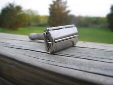 Nice Gillette 1951 Super Speed  DE Safety Razor (W-1)