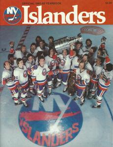 1981-82 New York Islanders  yearbook very good  condition