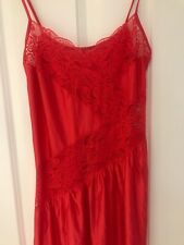 VINTAGE SHINY RED LACE NEGLIGEE NIGHTIE SIZE 10