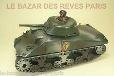 POLICHINELLE. Tank SHERMAN motorisé.