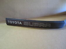 TOYOTA SUPRA 86-88 1986-1988 MOLDING RIGHT REAR QUARTER PASSENGER REAR red/black
