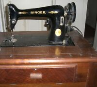SINGER SEWING MACHINE  1940's   Electric with  Cabinet Console