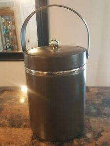 "Georges Briard Ice Bucket & Lid Mid Century Brown W/Gold Trim. Apprx 11""H × 8""W"