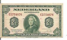 NETHERLANDS, 2 1/2  GULDEN, Qn. Wilhelmina @ ctr, 1943