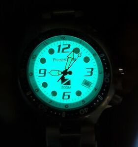 Freestyle Hammerhead  75402 Night Vision 200M Dive Watch