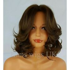FULL SHORT WOMENS LADIES FASHION HAIR WIG CURLY MEDIUM BROWN SHOULDER LENGTH