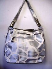 POCKETBOOK / PURSE #25 SHOULDER BAG GIRAFFE PRINT SILVER & WHITE