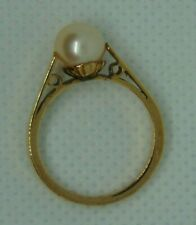 9ct Gold Pearl Solitaire Ring  Size M