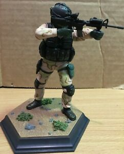 SPECIAL FORCES FIGURE # 1 WITH BASE 1/15 SCALE