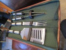 Picnic Ascot barbecue tools spatula fork and tongs in green fabric zip case New