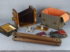 Chambre photographique de voyage  Objectifs de A.Dalmais et Thomson Brothers