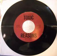 """7""""/45 - TOXIC REASONS - WAR HERO/SOMEBODY HELP ME RARE OHIO PUNK KBD"""