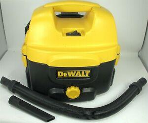 DeWalt DC500 2 Gallon Wet/Dry Vac Corded-Cordless