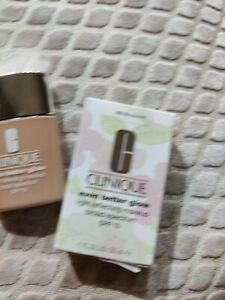 CLINIQUE Even Better Glow Makeup Foundation Broad Spectrum SPF15 Biscuit WN 30