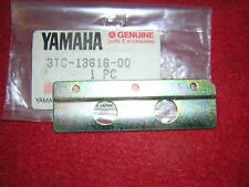 Yamaha TZ250 A 1990 Reed Valve Stopper Plate Genuine Yamaha. New,(b19F)