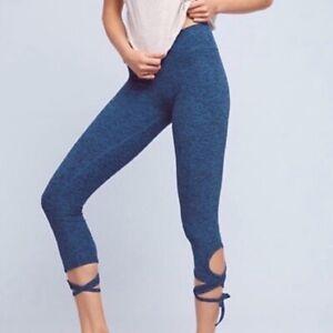 Beyond Yoga Blue Space Dye Wrap Tie Hem Cropped Ballerina Leggings Size S