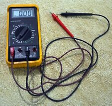 GOLDSTAR DM-311 DIGITAL MULTIMETER WITH LEADS AND METER CASE COVER