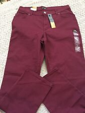 LEE WOMEN STRAIGHT LEG BURGUNDY COLOR PANTS SIZE 14 MEDIUM, RELAXED FIT, NEW