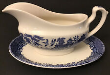 Blue Willow Churchill gravy sauce bowl with rare underplate England