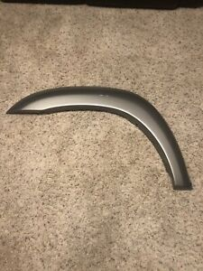 2001-2007 Toyota Sequoia Tundra Driver side front fender flare trim molding OEM