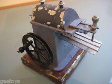 JOUET ANCIEN TÔLE accessoire Machine à vapeur RAINUREUSE ORIGINAL 1920 tin plate
