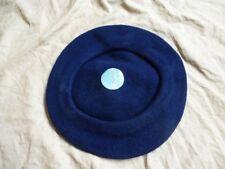 Béret en laine bleu marine Tchécoslovaquie années 1940-1950