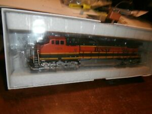 ATHEARN RTR HO SCALE DCC QUICK-PLUG EQUIPPED DASH9-44CW LOCOMOTIVE-BNSF-1074